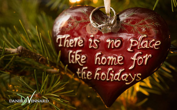 Home-for-the-Holidays-wallpaper