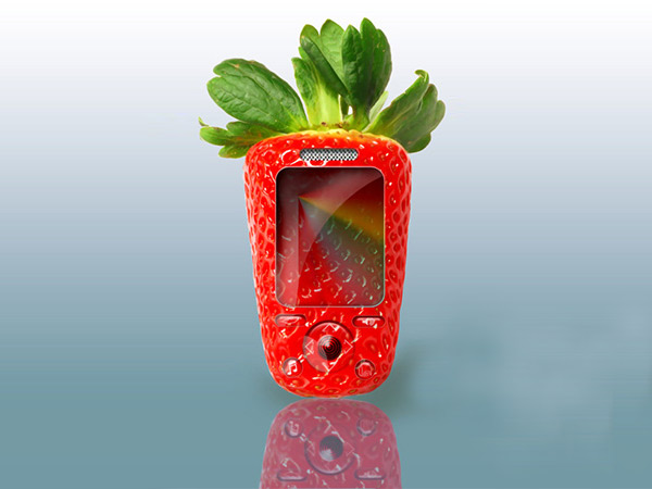 18-Photo-Manipulation-strawberry-phone