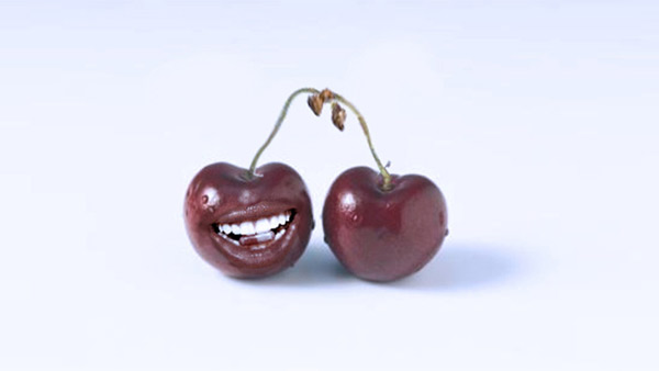 6-Photo-Manipulation-cherry-mouth