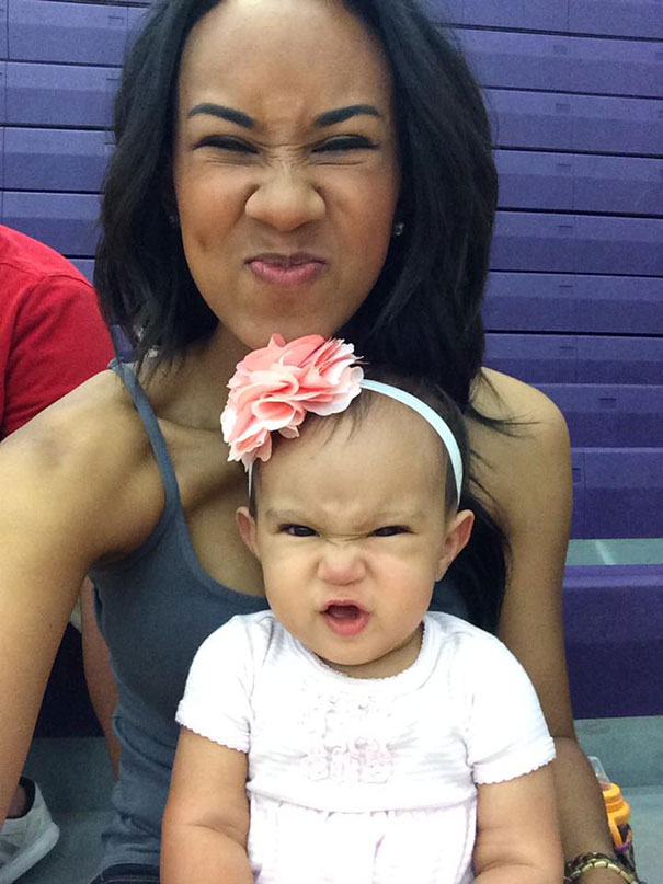 like-mother-like-daughter-funny-photography-11
