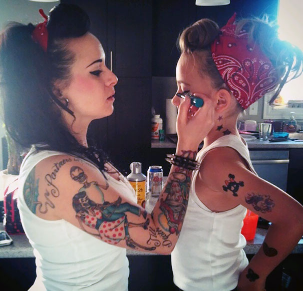 like-mother-like-daughter-funny-photography-3