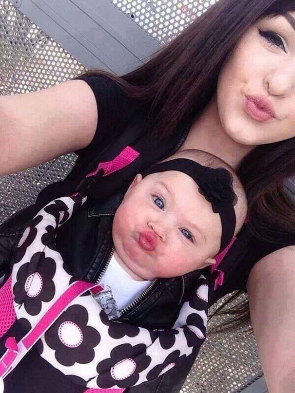 like-mother-like-daughter-funny-photography-5