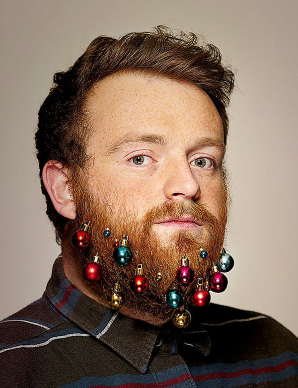 Beard-Baubles-Hipsters-Christmas-Decorations-2