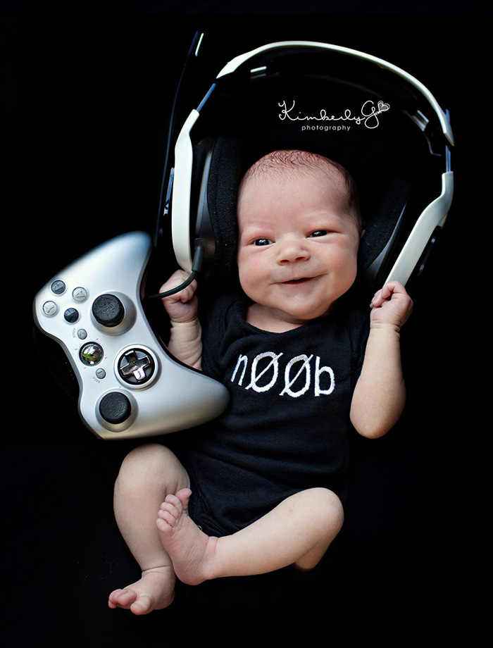 geeky-newborn-baby-photography-10