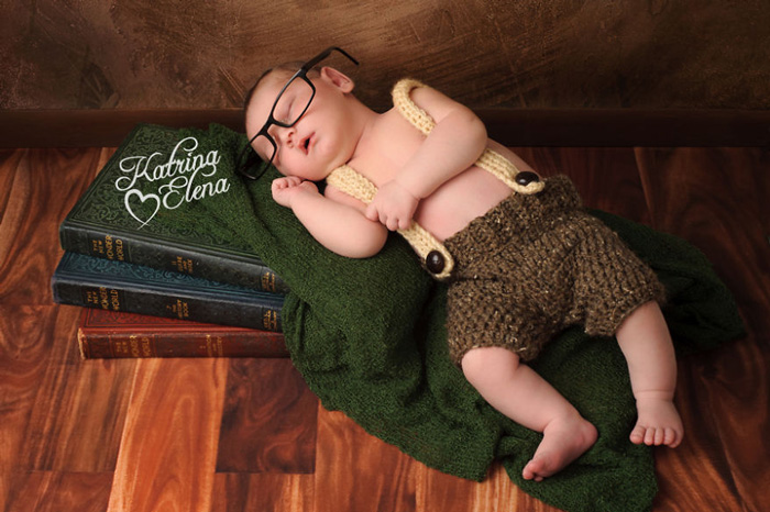 geeky-newborn-baby-photography-15