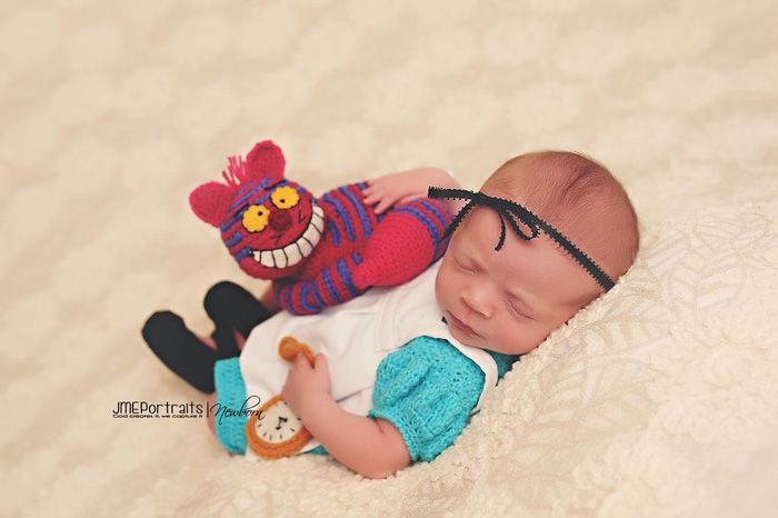 geeky-newborn-baby-photography-19