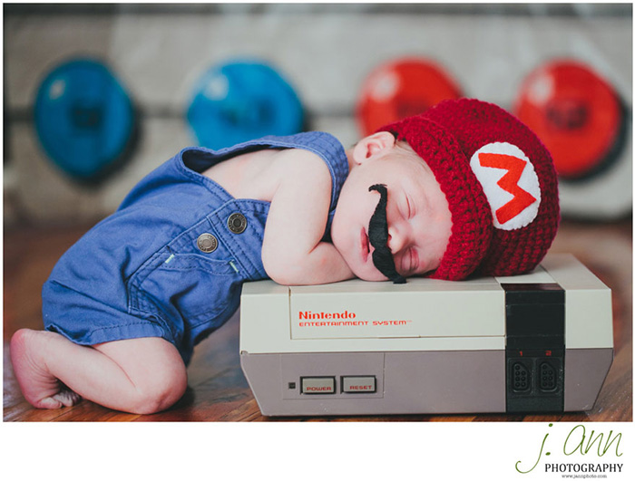 geeky-newborn-baby-photography-2