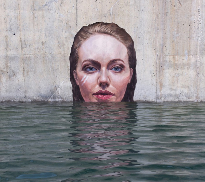 Stunning Seaside Murals While Balancing on His Paddle Board-4