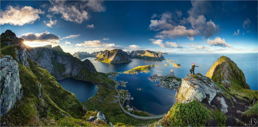 The view from Reinebringen on the Lofoten Islands Norway by Nicholas Roemmelt