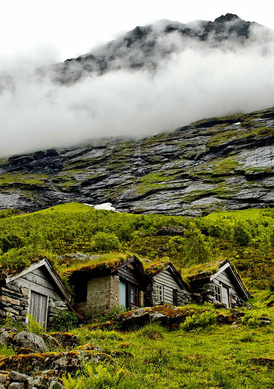 fairy-tale-viking-architecture-norway-12