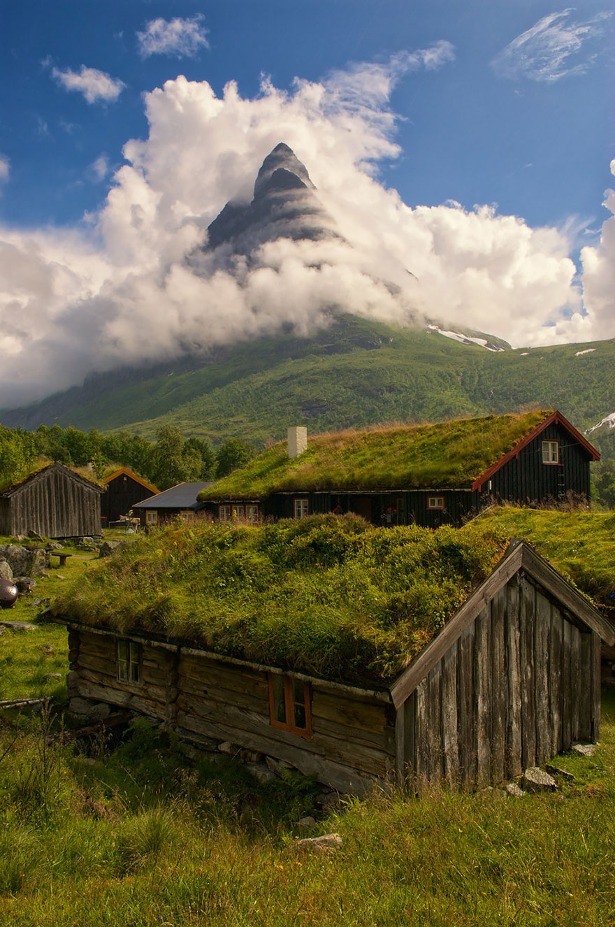 fairy-tale-viking-architecture-norway-3