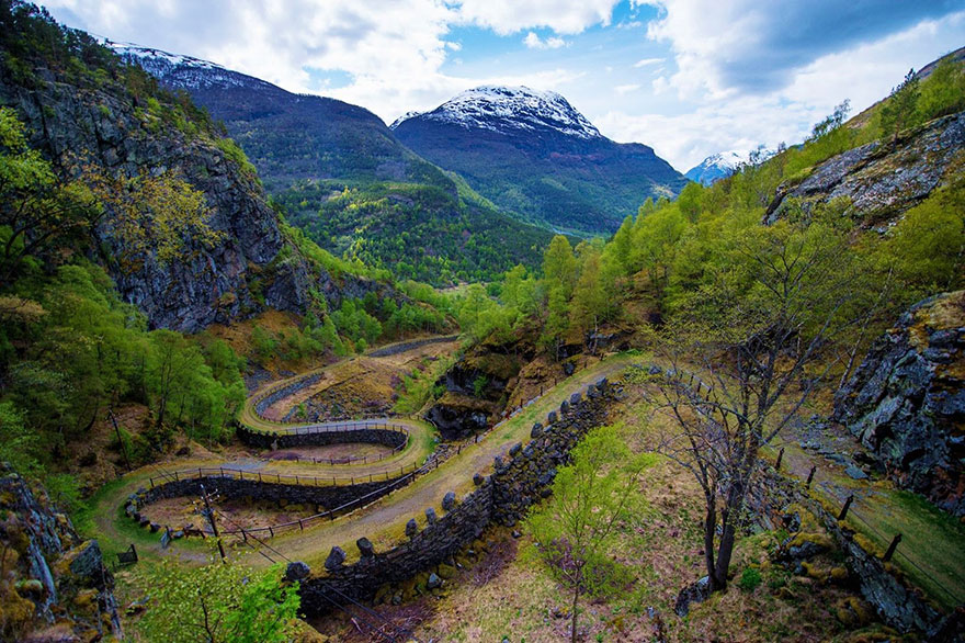 fairy-tale-viking-architecture-norway6