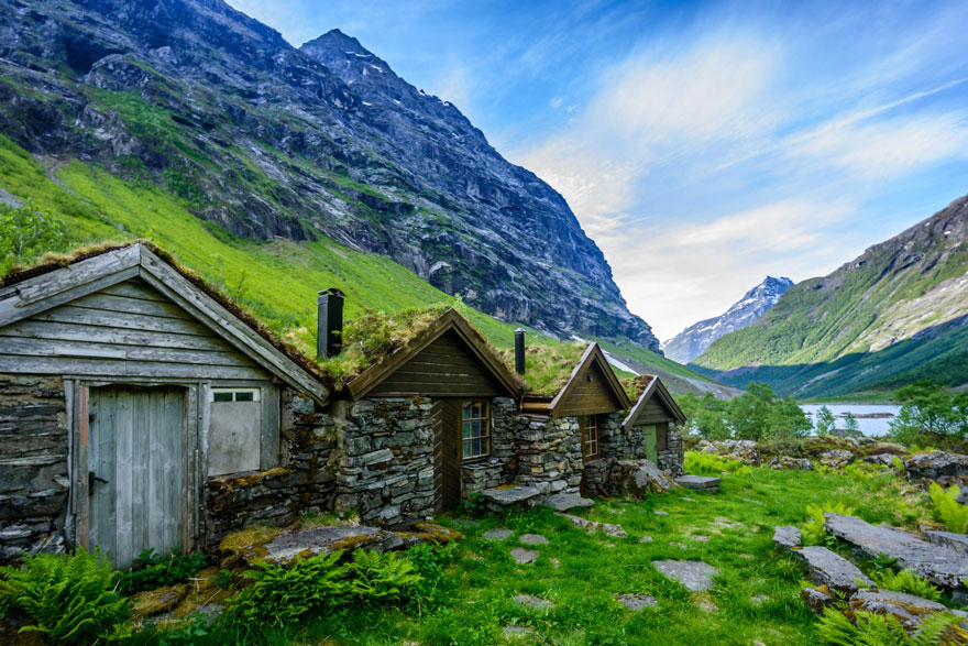 fairytale-architecture-norway-16
