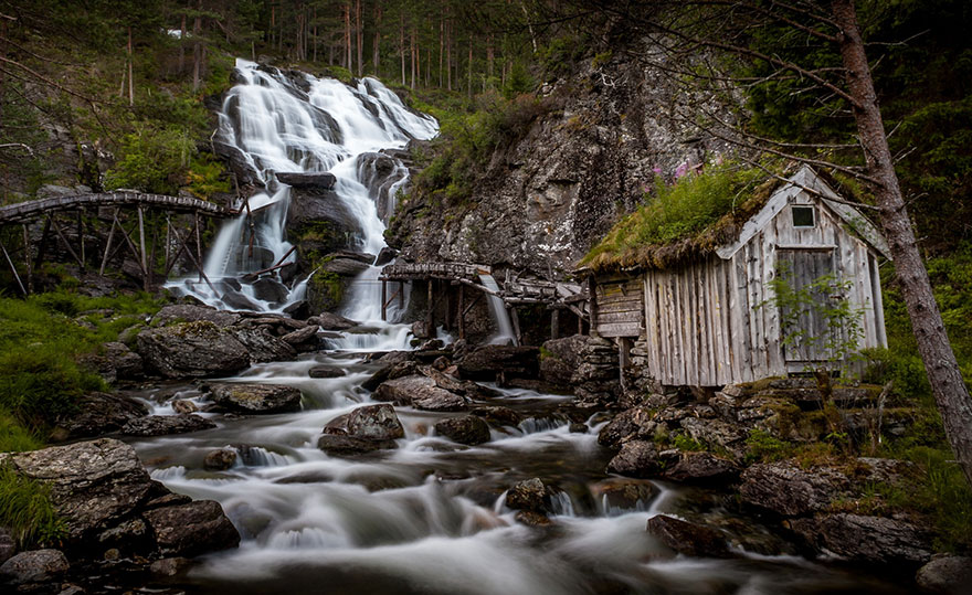 fairytale-architecture-norway-9