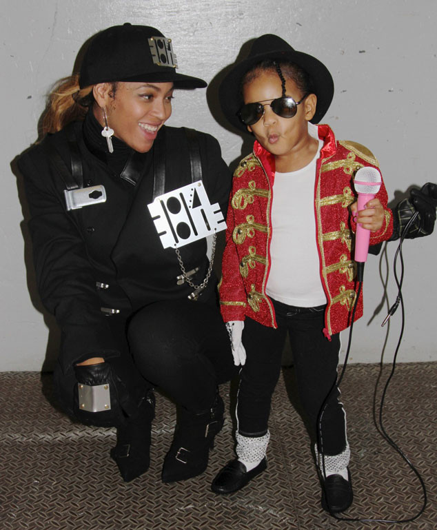 Beyonce and Blue Ivy as Janet and Michael Jackson Halloween Celebrities