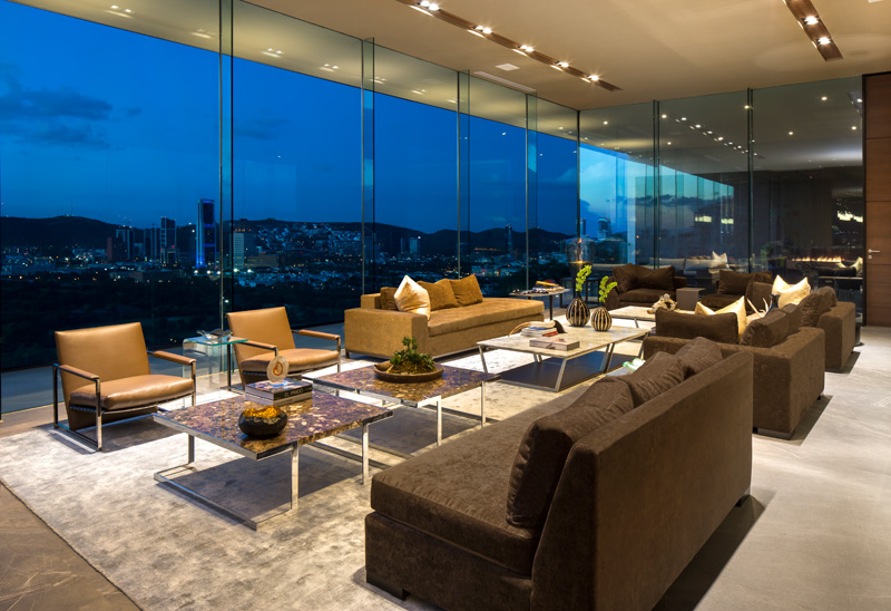 MT House with an Amazing City View in Monterrey Mexico 12