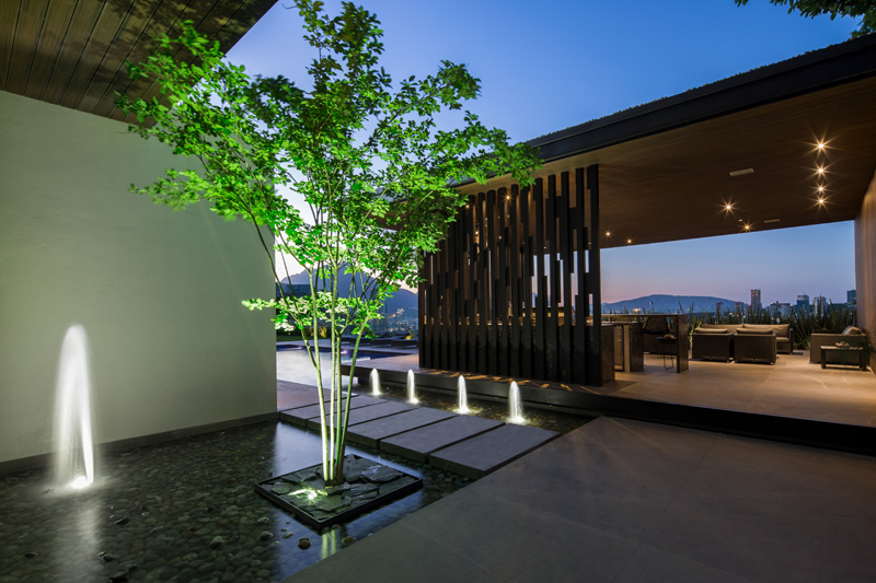 MT House with an Amazing City View in Monterrey Mexico 7
