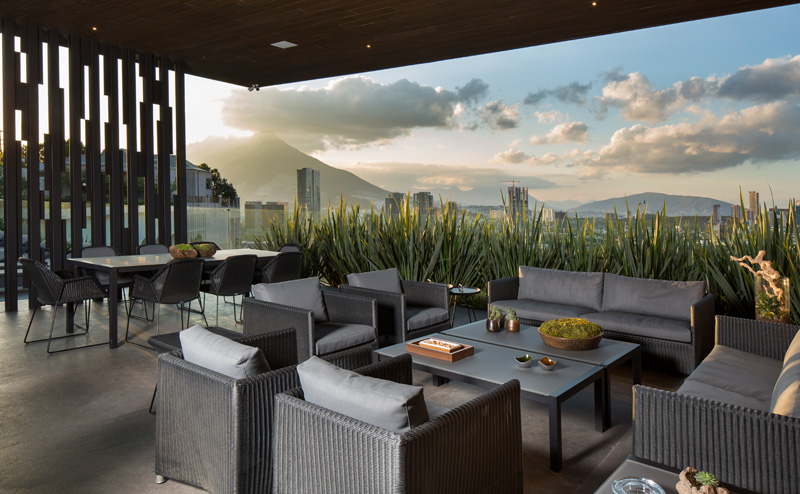 MT House with an Amazing City View in Monterrey Mexico 9
