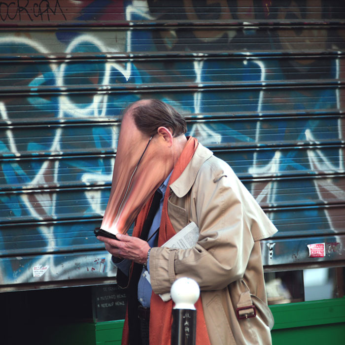 Soul-Sucking Photos Show How Digital Technology Addiction Is Stealing Our Souls 7