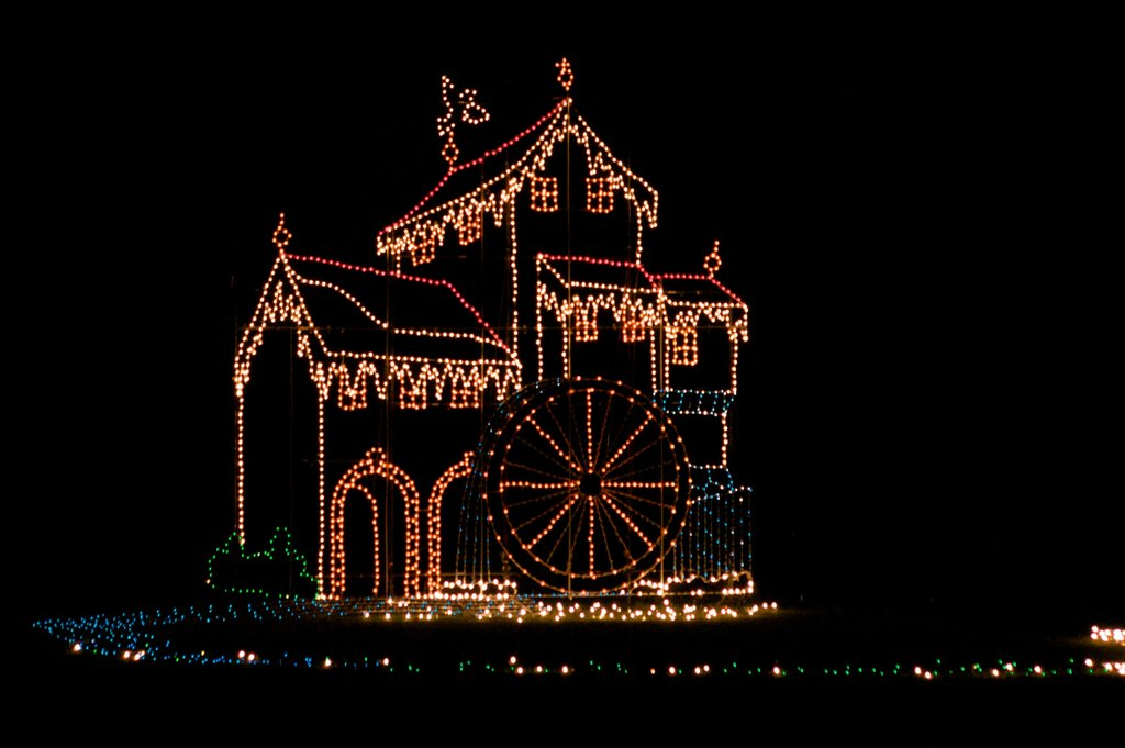 Tanglewood-Festival-of-Lights-in-Clemmons-North-Carolina-America