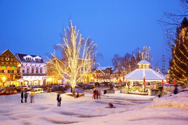 25 Best Christmas Towns in Leavenworth, WA, USA