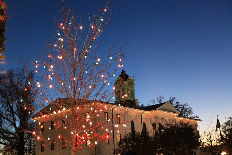 25 Best Christmas Towns in Oxford, MS USA