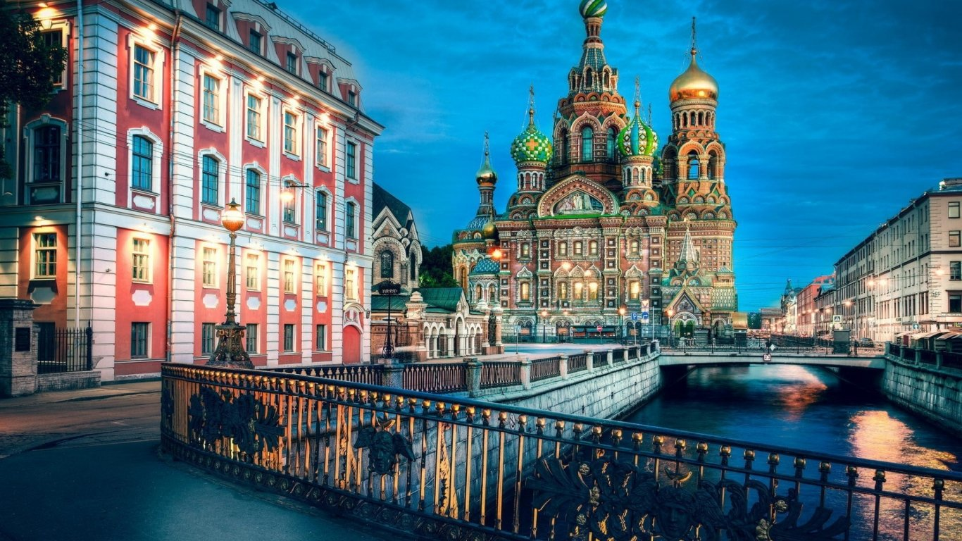 Church of the Savior on Spilled Blood Wallpaper-1366x768