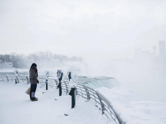 20 Breathtaking Photos of Niagara Falls Frozen 2018, And It Looks Straight From Narnia
