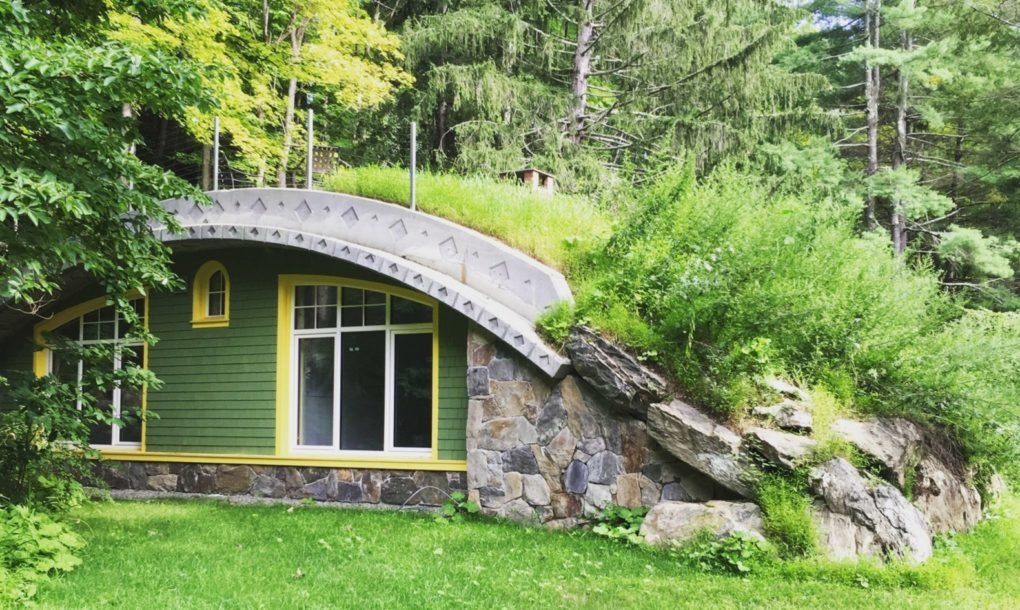 Incredible Energy-Efficient Hobbit Home - Spends 6 Years for Construction