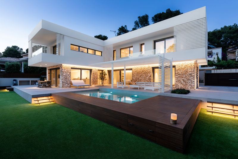 Beautiful Contemporary House in Spain