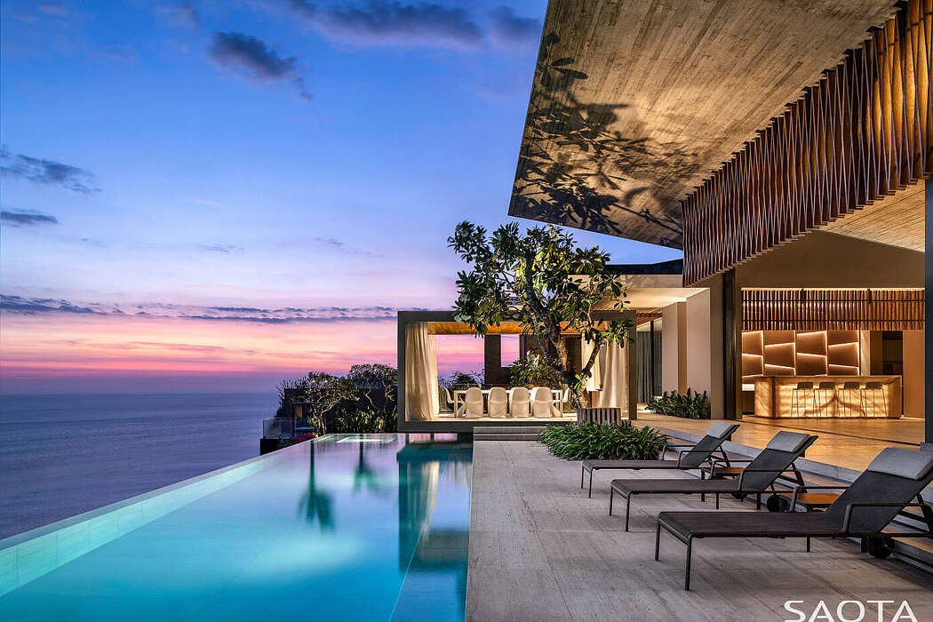 Luxurious Modern Holiday Home with Beautiful Surroundings