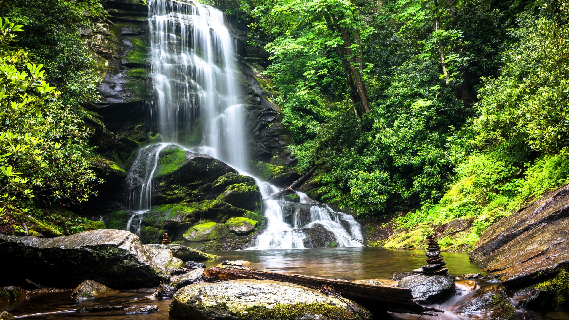 Waterfalls From Rock Stone HD Background 1080p