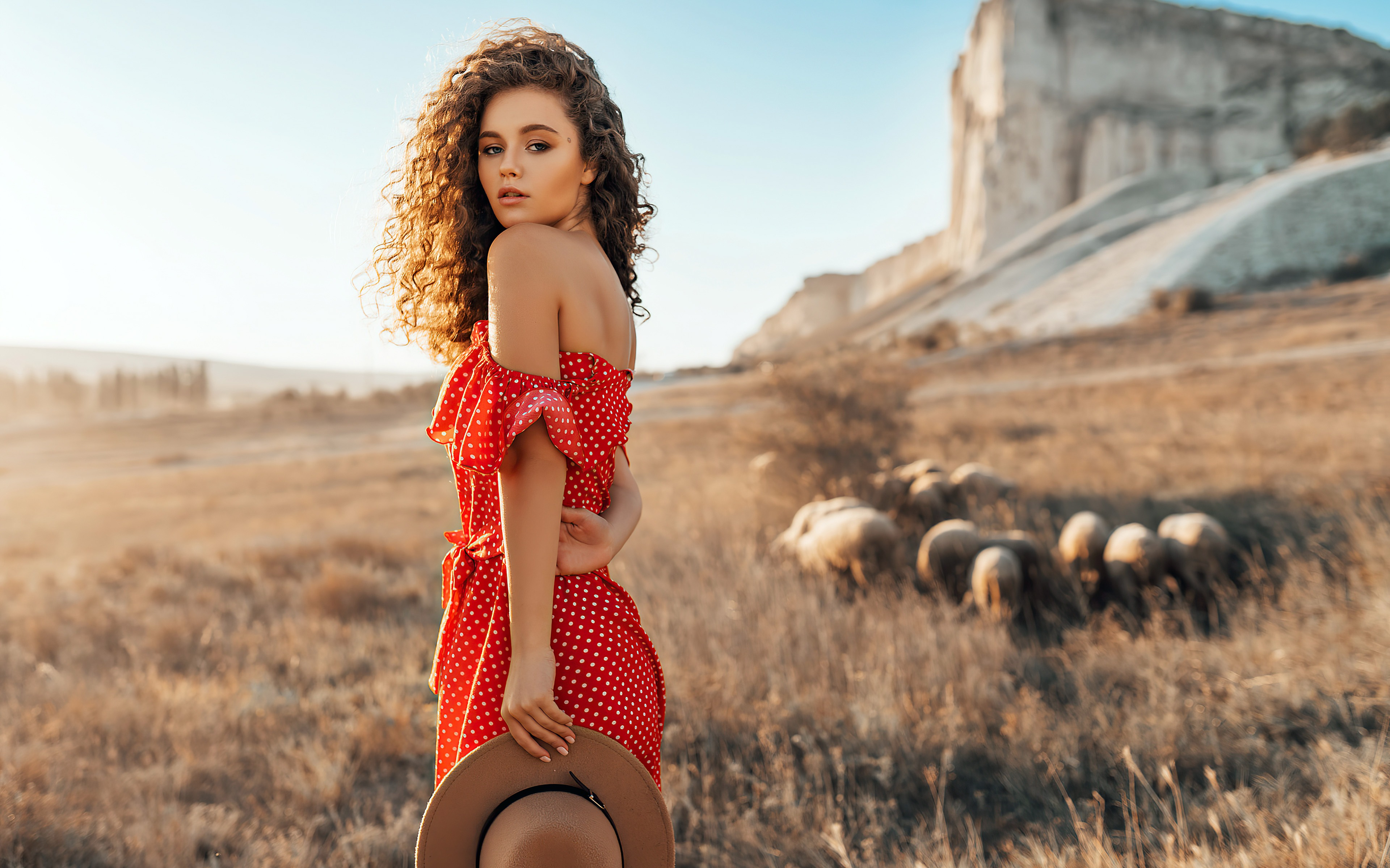 Girl with red polka dot dress wallpaper 3840x2400